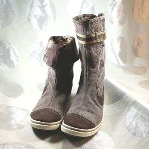 Nike Glencoe Brown Canvas Suede Embroidered Skulls Floral Sneaker Boot VG US 8